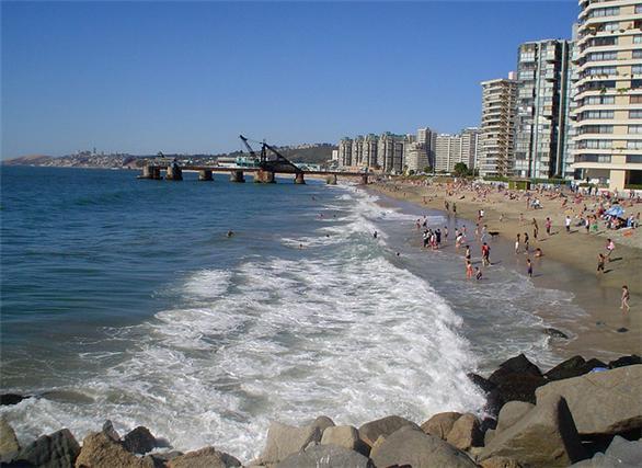 Foto: http://www.vinadelmar.travel/galeria-fotografia/playa-el-sol.html