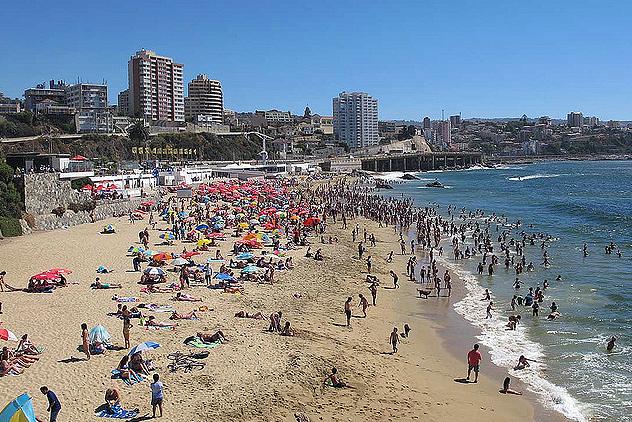 Foto: http://www.vinadelmar.travel/praias.html